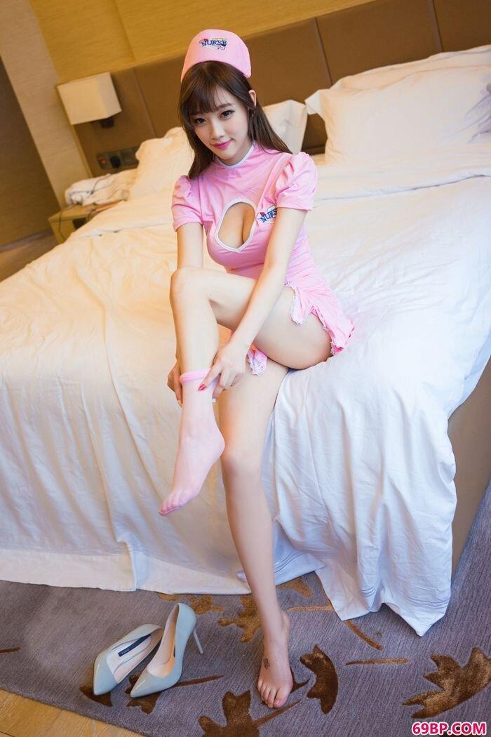 长腿美人suga粉色护士制服妖娆有加_西西人体美女网图片收集