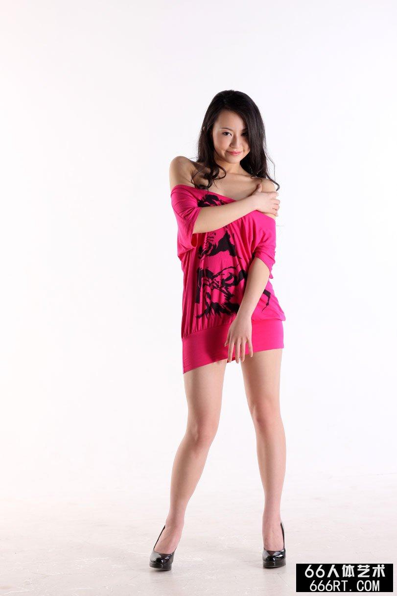 我爱模特人体棚拍_国产名模杨芳09年3月13日室拍