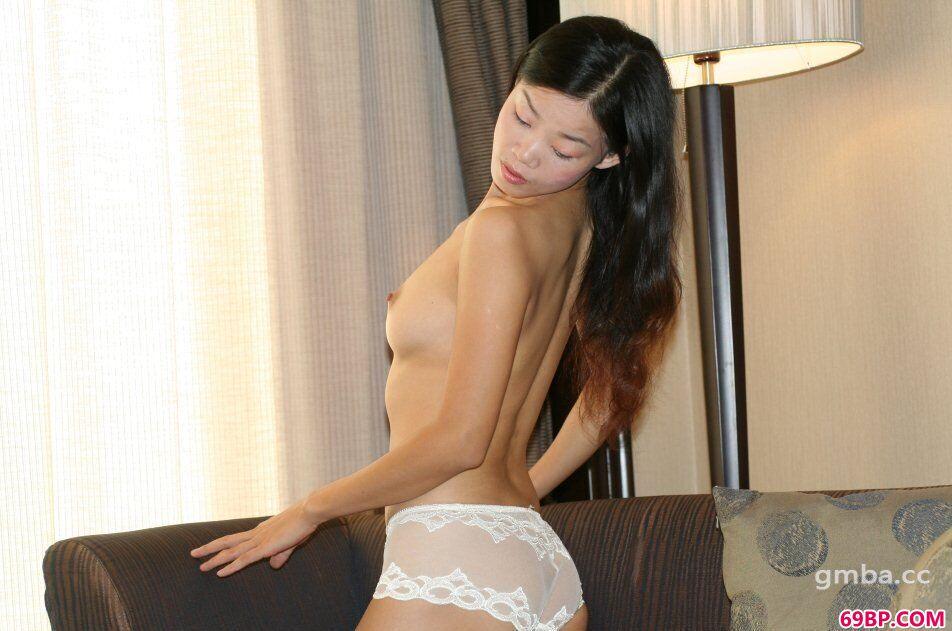 裸模琳琳宾馆约拍撩人性感人体合辑