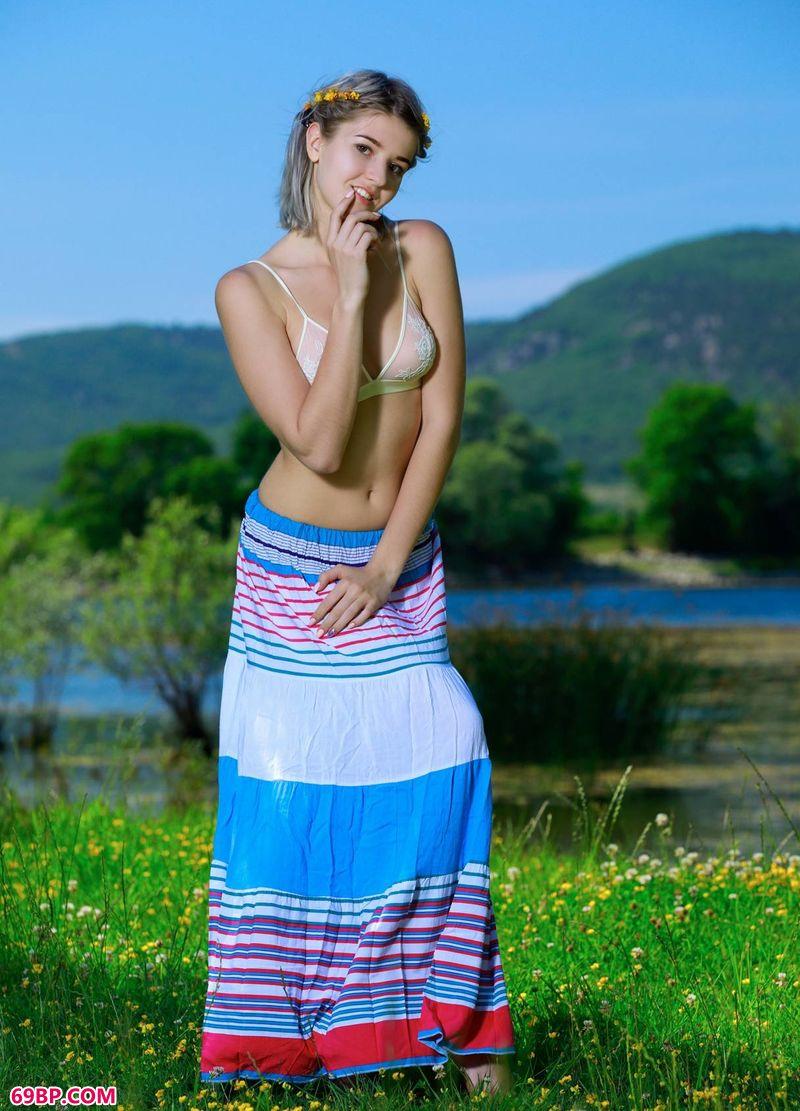 青山湖畔美模Libby