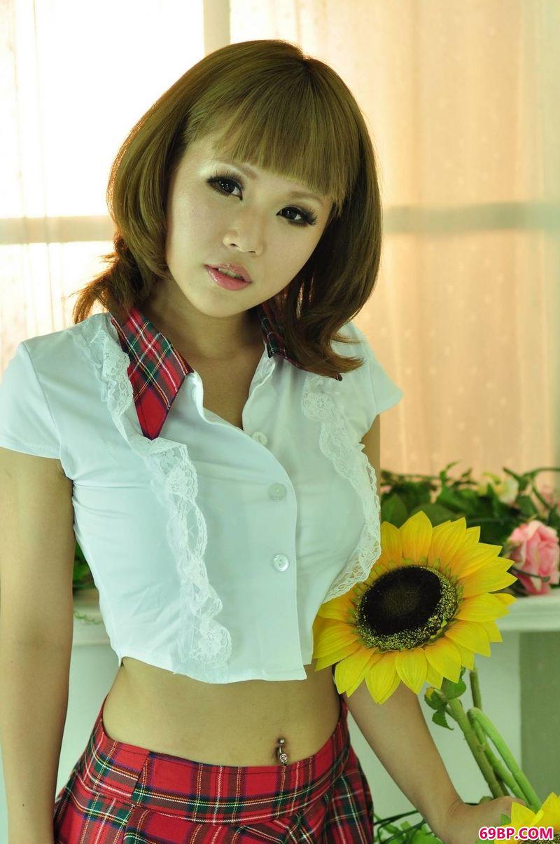 xixi模特小蕾的沙龙照_国模凤琳150共15页
